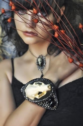 Crystal Dothraki Collection - Stormborn Cuff & Vivian Pendant: Dregon Collection