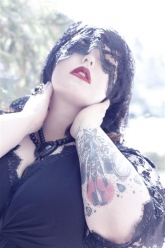 Skorch Magazine - Tess Munster - Evil Pawn Jewelry - Caroline Necklace and Hope Ring - 1