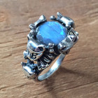 Freyja Crystal Cat Ring in Labradorite